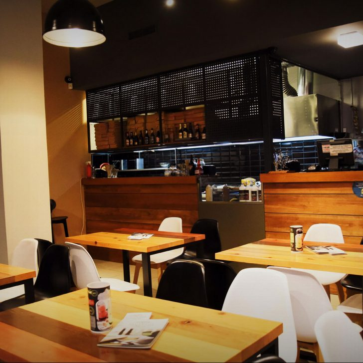 Liotrivi Burger Pasta Grill restaurant